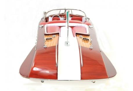 Classic speed boat model Riva Aquarama Remote Control Ready