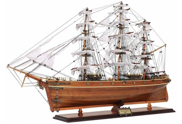 Famous 1869 Wooden Clipper Ship Model Cutty Sark