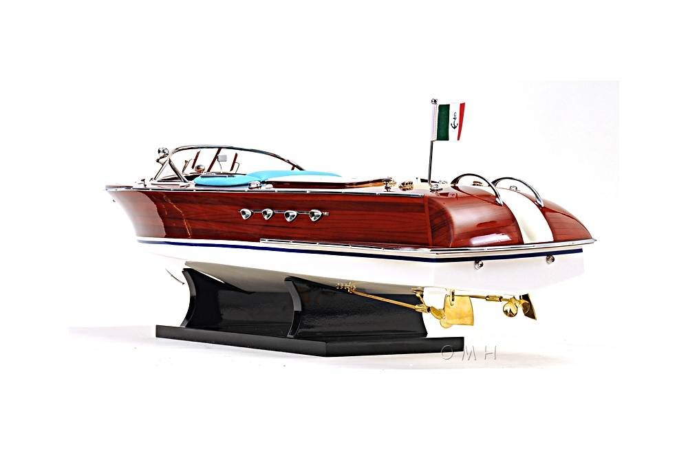 Classic Riva Aquarama Speed Boat Model