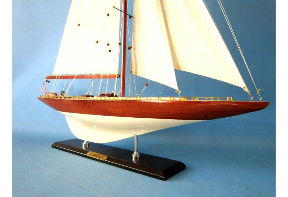 America S Cup Lionheart Limited 35 Quot Wooden J Class Yacht Model