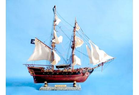 Caribbean Pirate Ship Model - White Sails