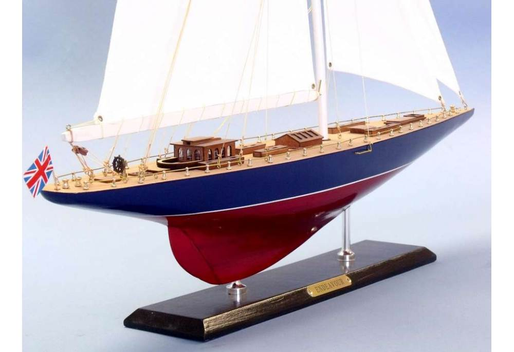 America S Cup Endeavour Scaled Wooden Yacht Sailboat Model