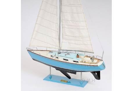 Classic Yacht Model Bristol