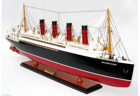 "RMS Mauretania 32"""