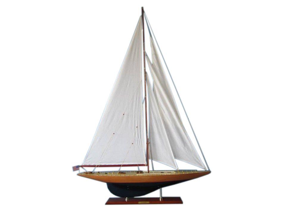 model-sailboat-yankee-50-inch-1