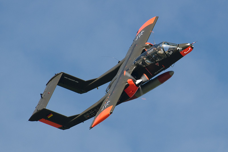 14.-vintage-aircraft