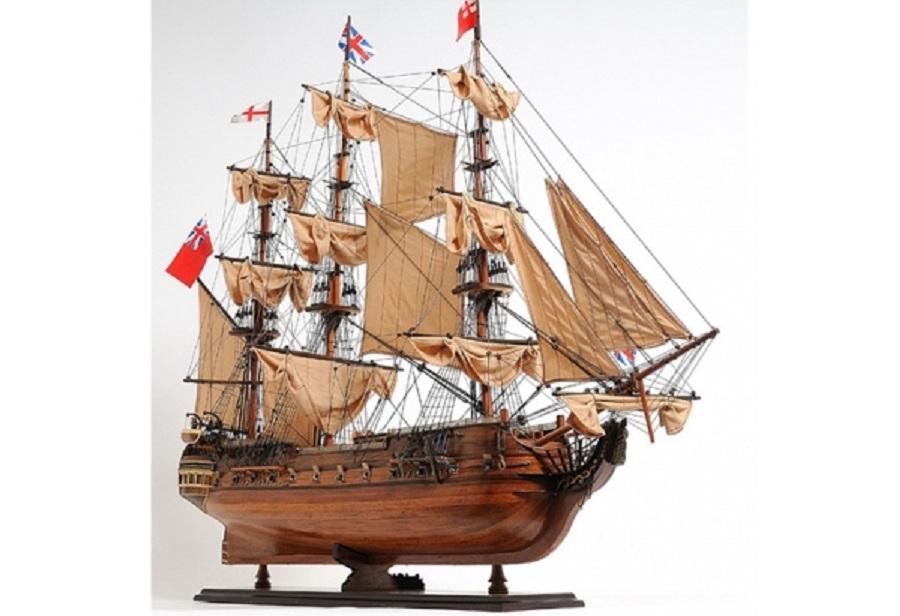 tall-ship-hms-surprise-37